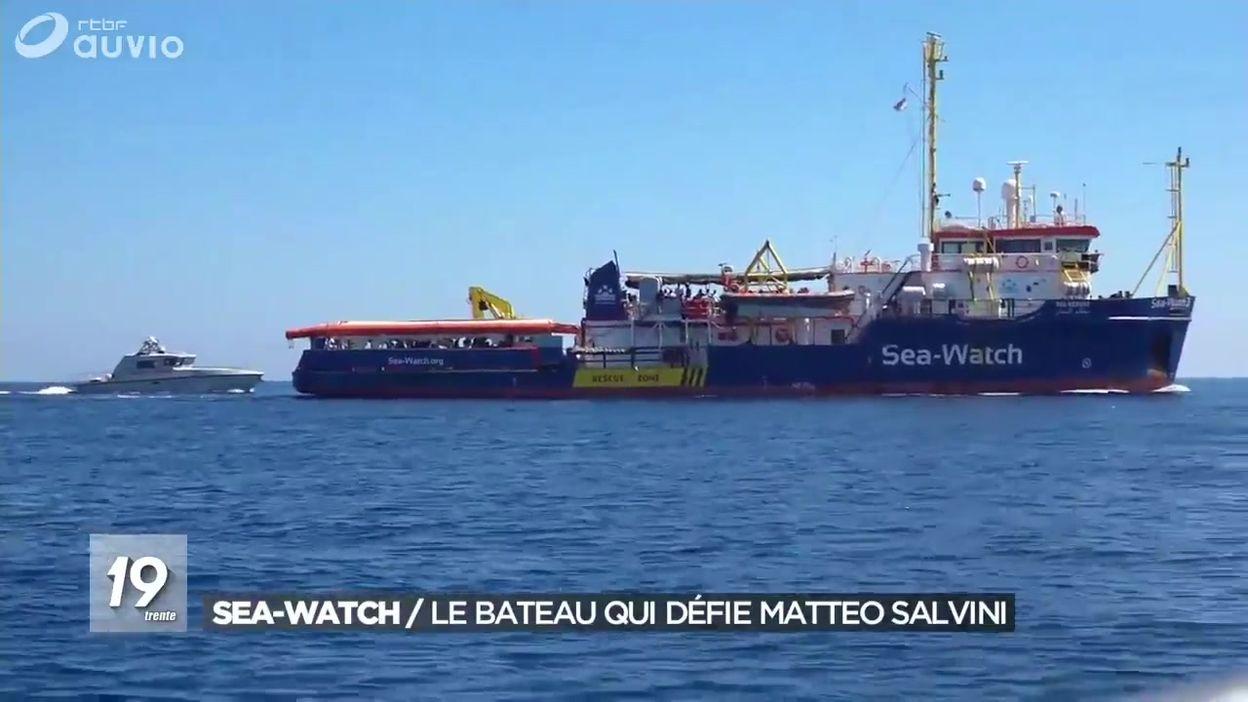 Le Sea-Watch s'approche de Lampedusa et défie Matteo Salvini
