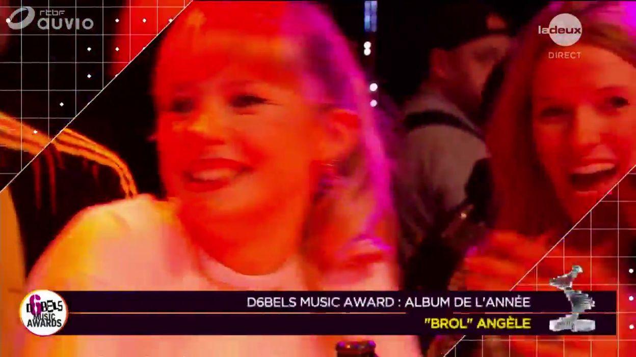 Angèle remporte l'award de l'album de l'année!