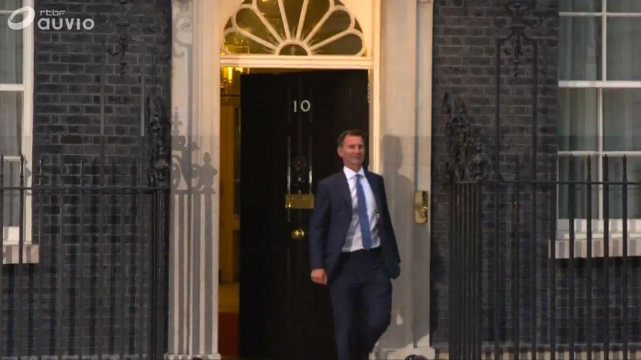 UK: arrivée et sortie du nouveau ministre Hunt du 10 Downing Street
