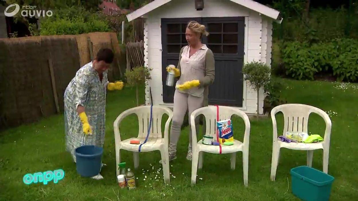 Comment nettoyer votre mobilier de jardin en plastique ? On a testé 4  produits - On n\'est pas des...