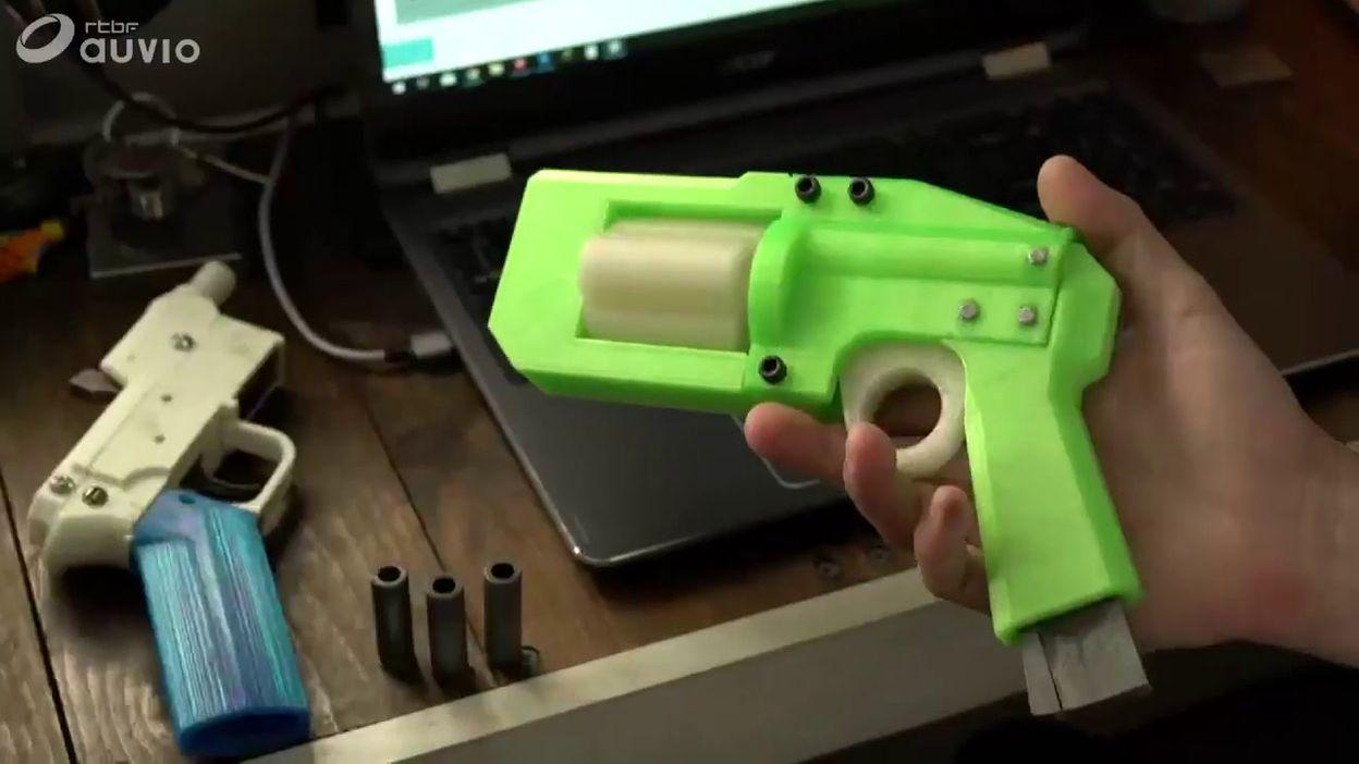 Cet américain fabrique des armes grâce à une imprimante 3D