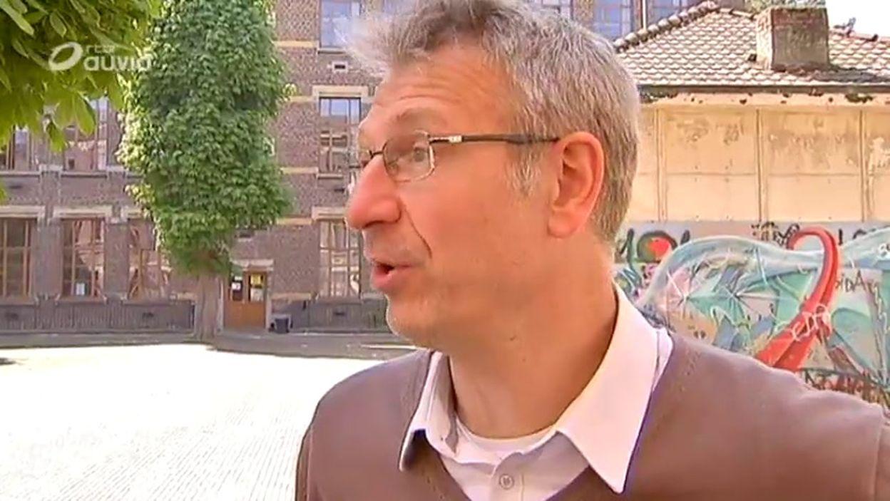 Bernard Delécluse à propos d'un syllabus polémique au cours de promotion sociale Érasme
