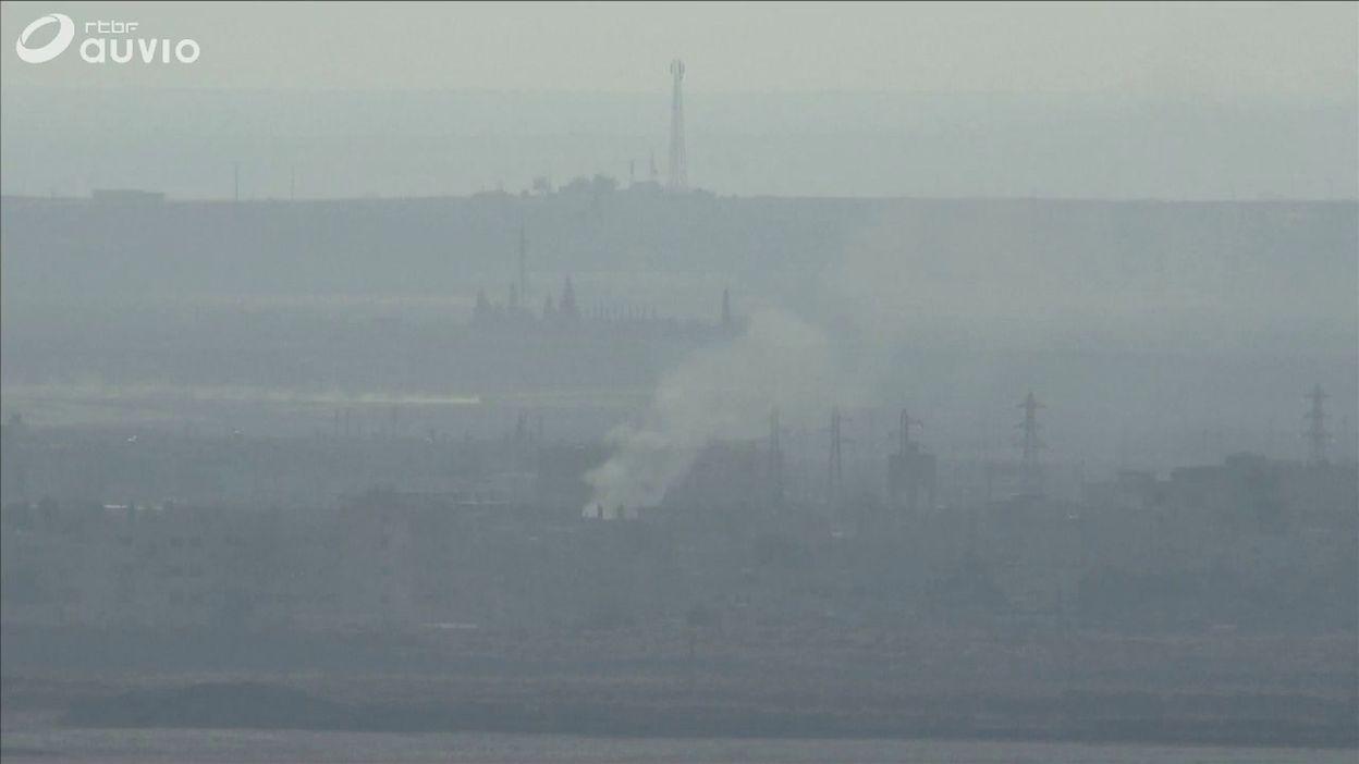 Syrie: combats sporadiques dans la ville frontière de Ras al Ain (filmés depuis Ceylanpinar, en Turquie)