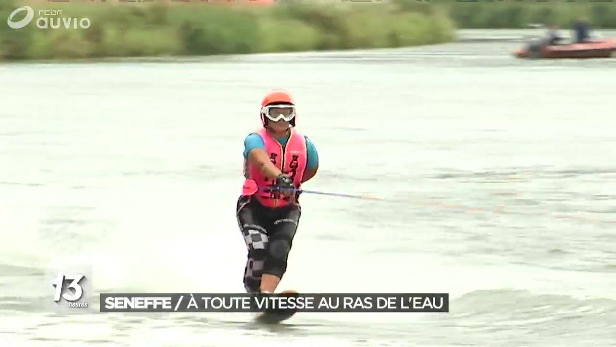 Du ski nautique sur le canal à Seneffe