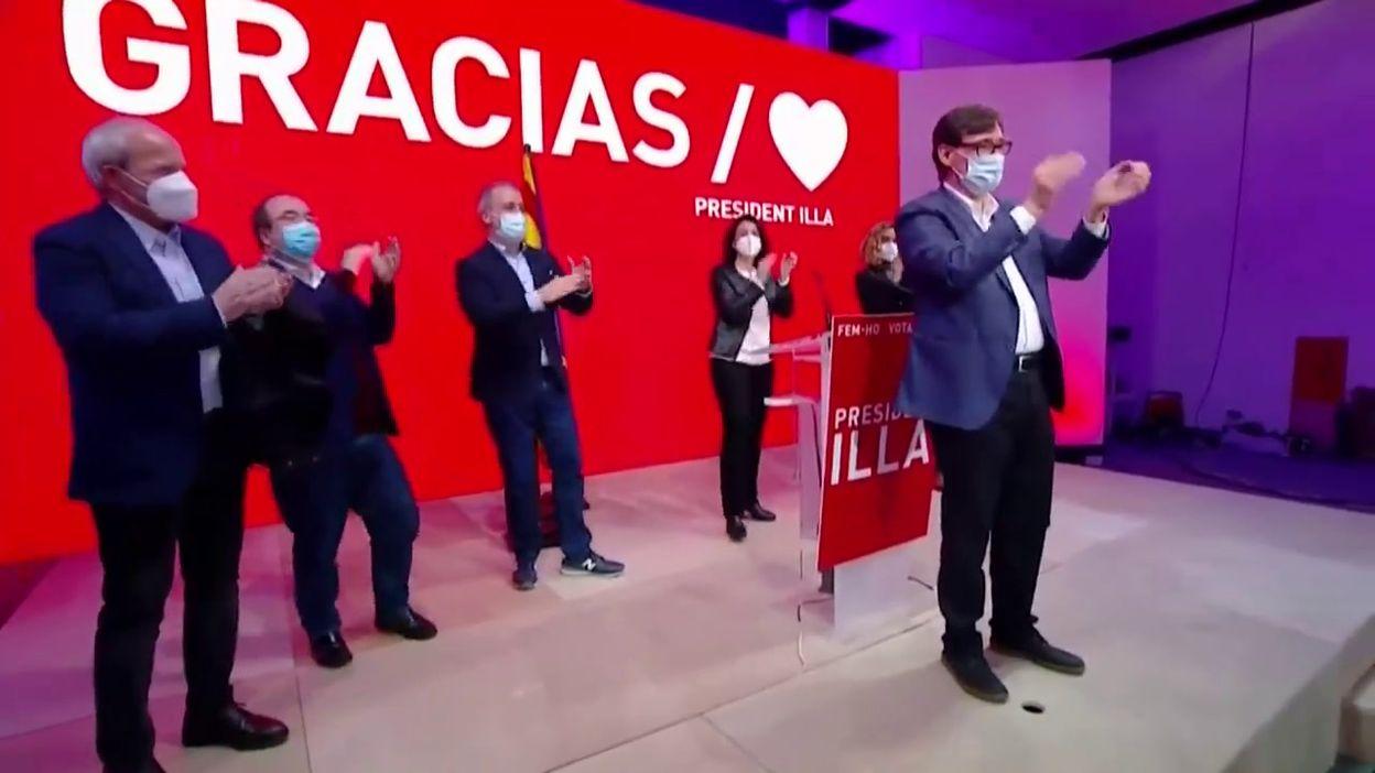 Elections régionales en Catalogne: victoire de Salvador Illa, ex-ministre de la Santé