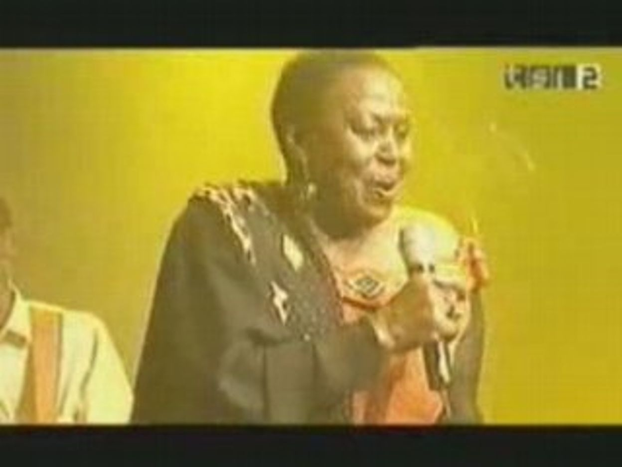 Dailymotion - Miriam Makeba - Pata Pata (Live 2007) - ein Musik Video -  10/11/2008