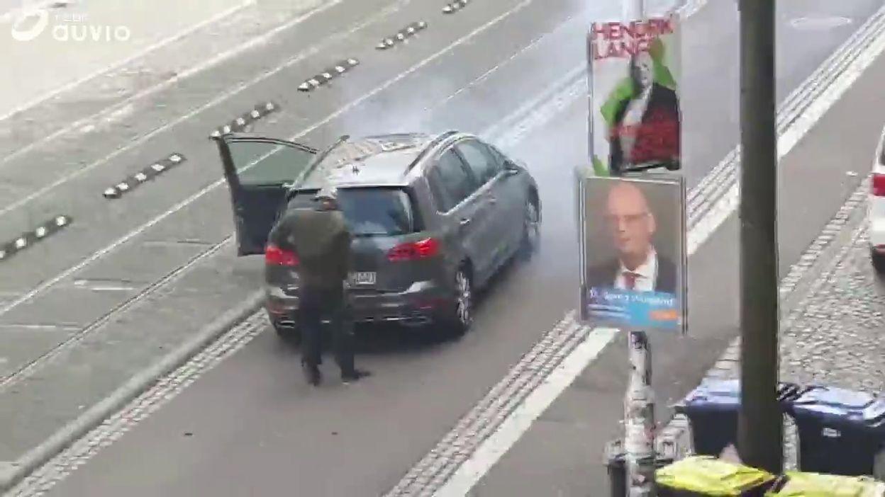 Allemagne: un tireur donne des coups de feu avant son arrestation, à Halle (Saxe-Anhalt)