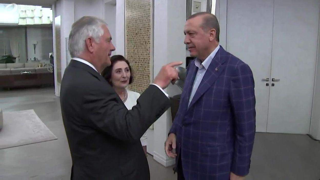 Turquie: le secrétaire d'Etat américain Rex Tillerson rencontre le président Erdogan
