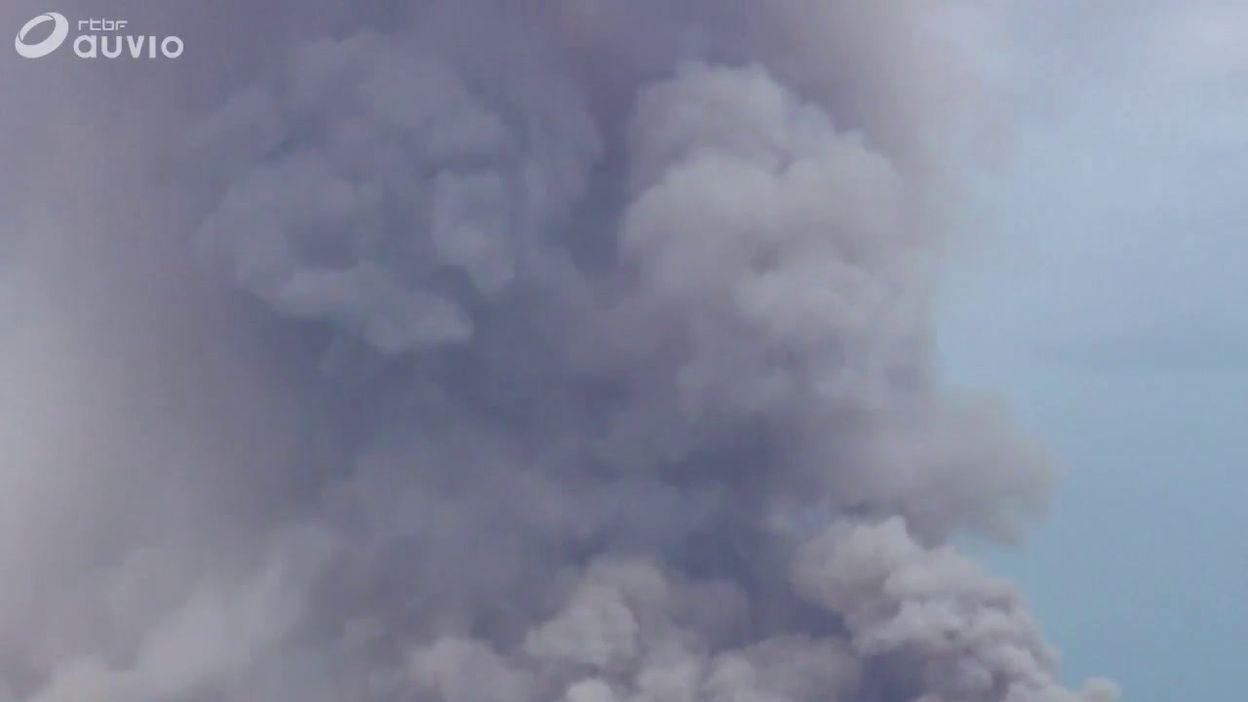 Allemagne: un violent incendie de forêt continue de menacer des villages au sud de Berlin