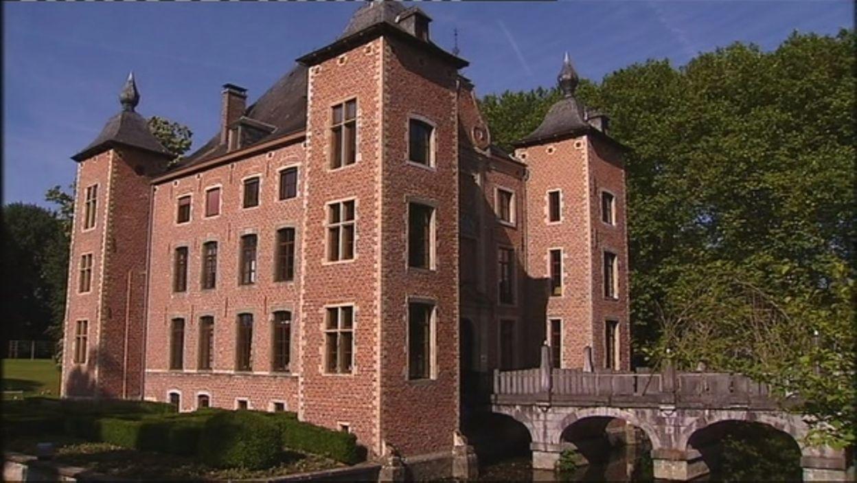 La roseraie du château Coloma à Sint-Pieters Leeuw