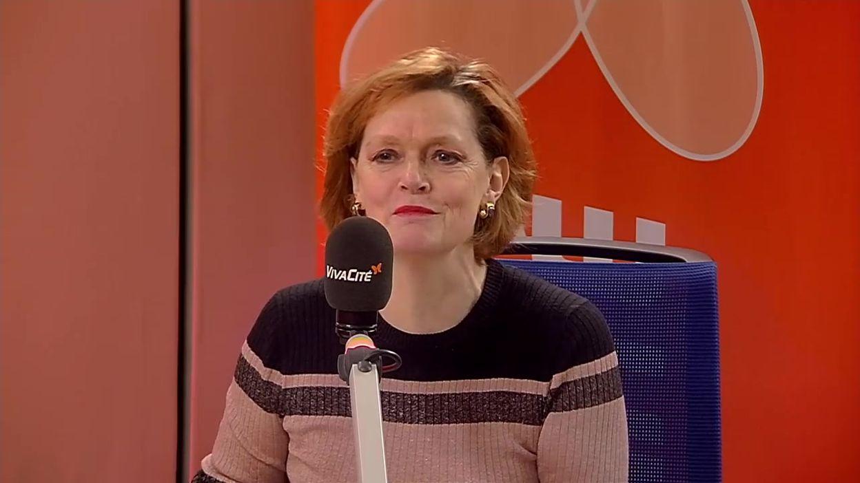 Adelheid Byttebier, échevine de la Mobilité (Groen), répond aux questions de Geoffroy Fabré