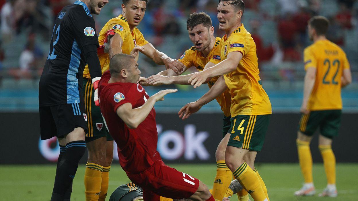 Fin de match houleuse entre Gallois et Turcs