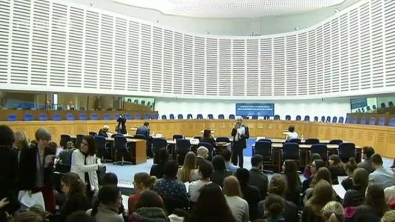 Affaire Geneviève Lhermitte à la Grande Chambre de la Cour Européenne des  Droits de l\'Homme à...