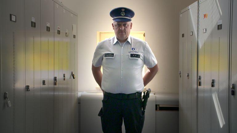 l-agent-nico-plus-beau-plus-fort-plus-belge-que-l-agent-verhaegen